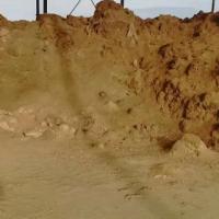 出售锌泥:数量两万吨。含锌7.5   含铅6.5  银460~500,金1.5左右。