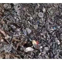 大量出售各种火烧铁,水洗破碎料。黑盒子,水洗火烧铁,大盒子,铁丝,各种碎铁小料,垃圾料,一切废钢掺假料随时要,随时有