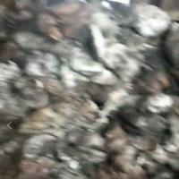出售酸侵渣,现货5000多吨,含银300一500克,锌10.多铅7.过多,货到湘西